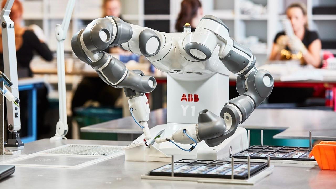 ABB, 2021'e ASTI Mobile Robotics Group'u satın alarak başladı