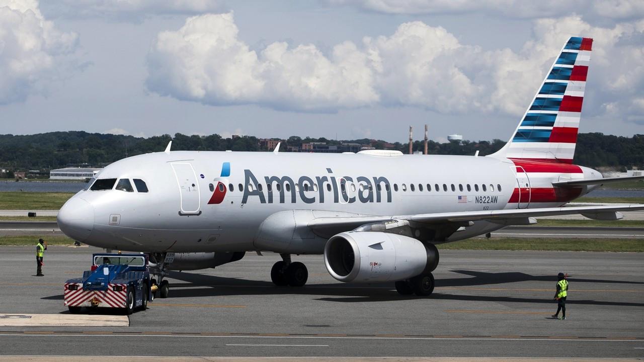 ABD'li dev havayolundan aşısız çalışanları için yeni karar