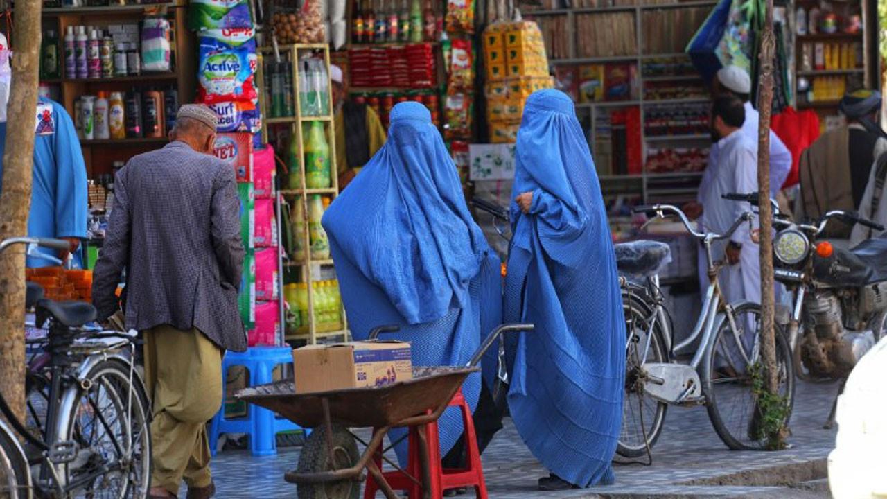 Afganistan'da kadınlara spor yasak