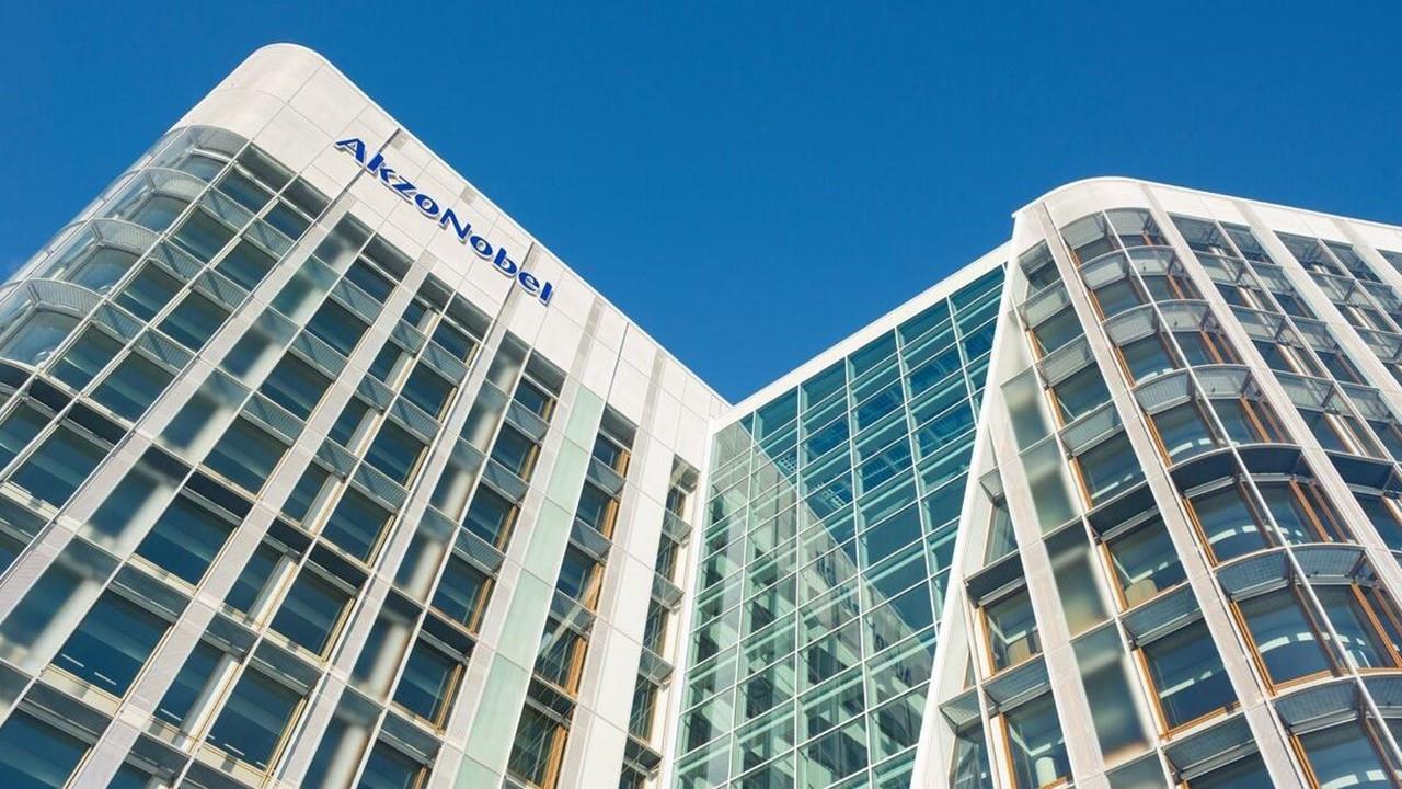 AkzoNobel, Grupo Orbis'i satın aldı