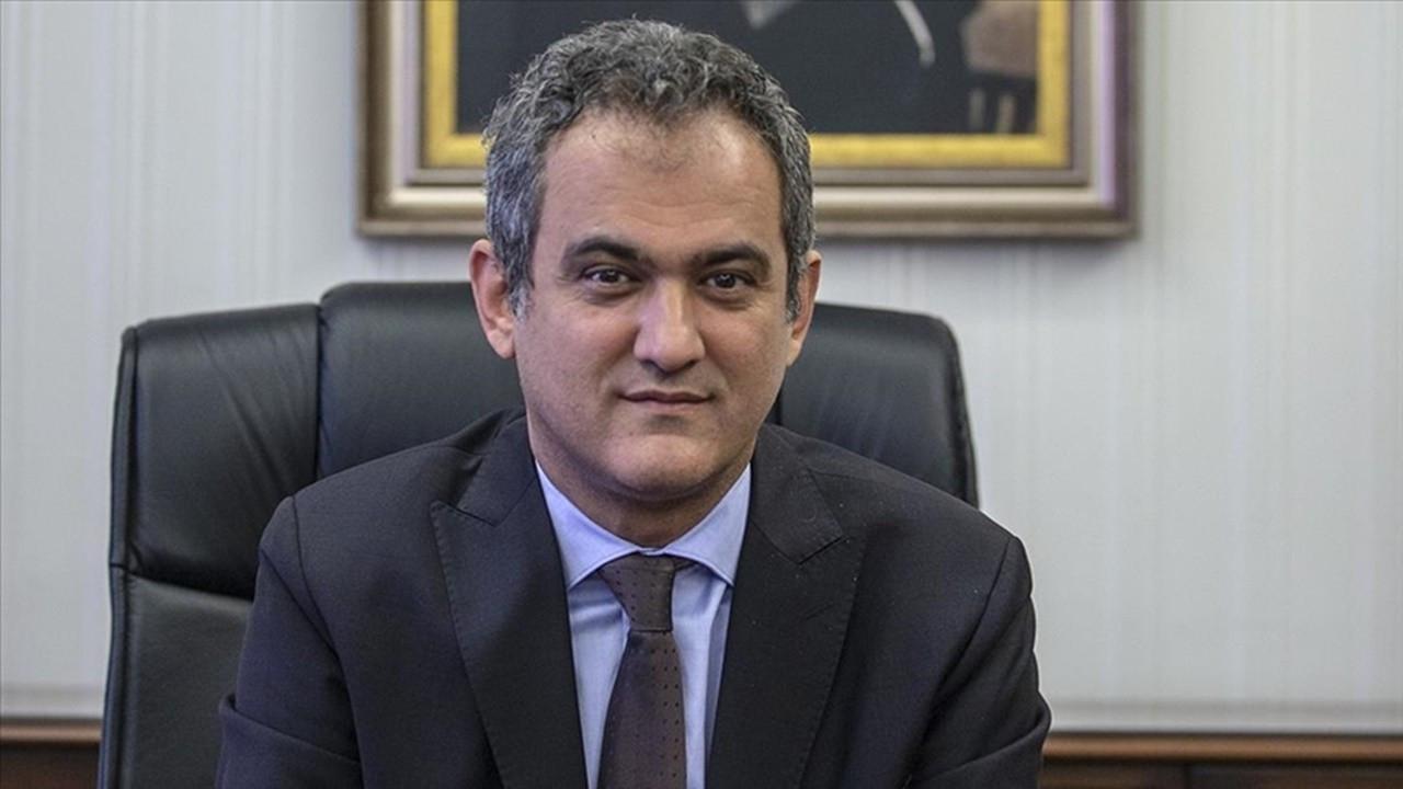 Bakan Özer'den 15 bin öğretmen atamasıyla ilgili açıklama
