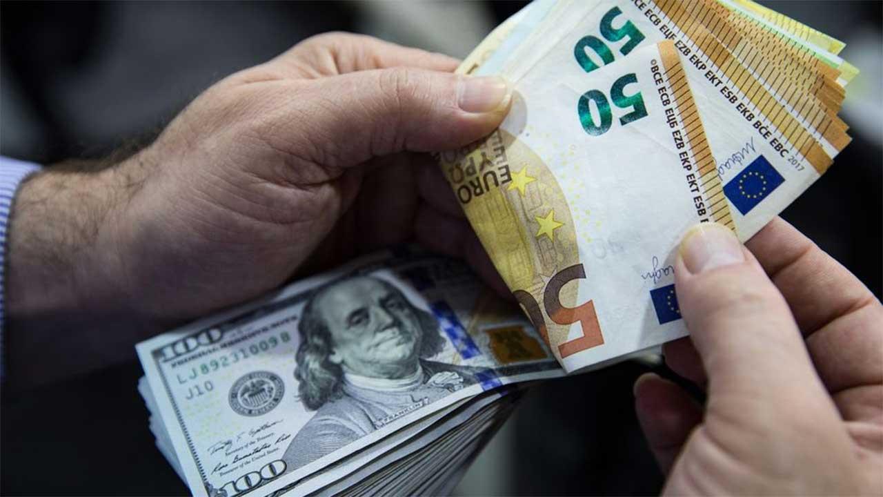 Enflasyon sonrası dolar/TL, 8,34'ten döndü, artışını sildi