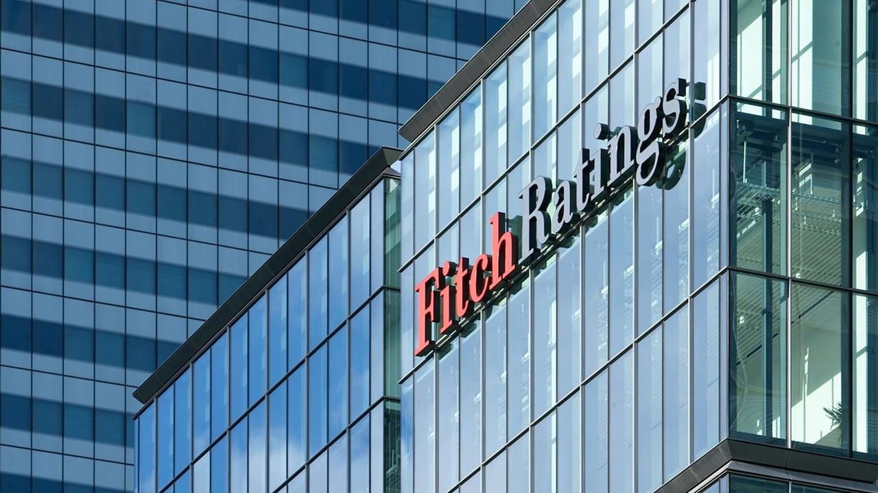 Fitch: Türk bankalarının sorunlu kredi oranı azaldı