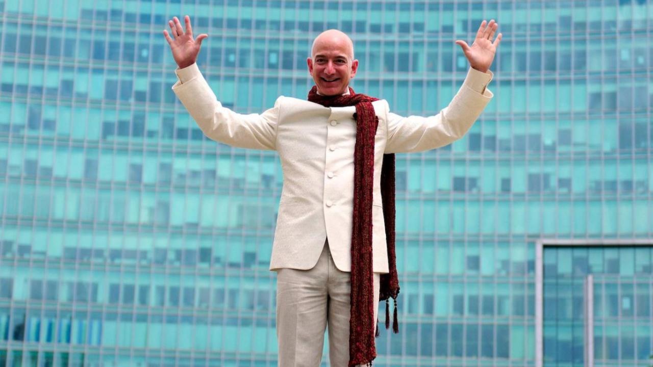 Jeff Bezos, 2 milyar dolar tutarında Amazon hissesi sattı