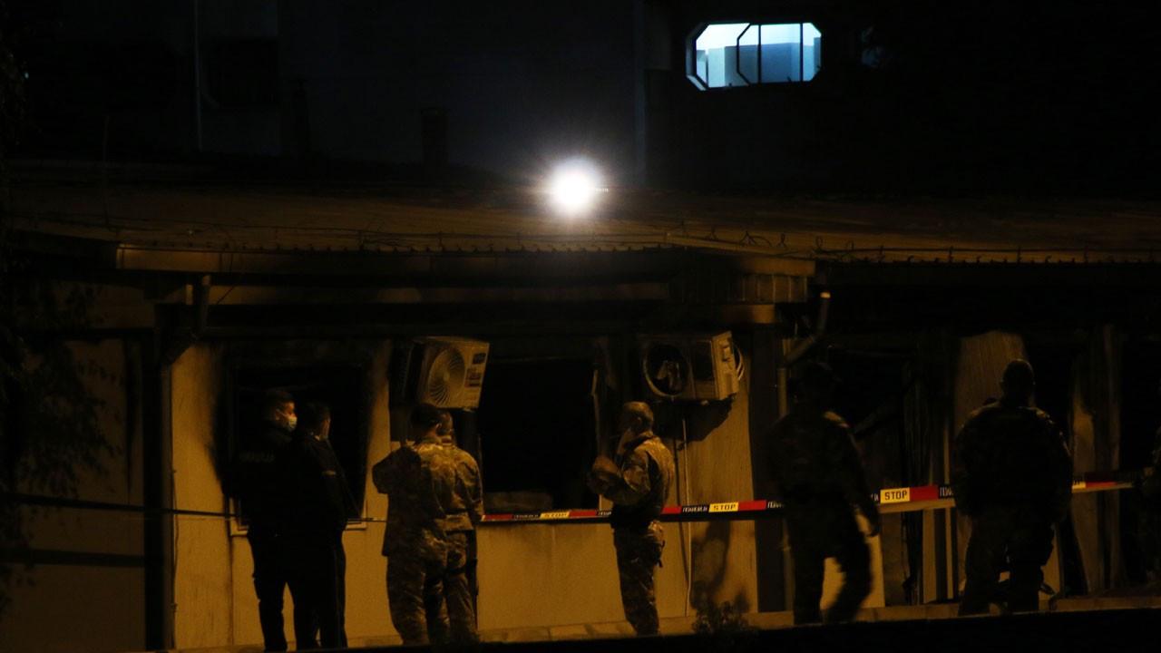 Kuzey Makedonya'da COVID-19 merkezinde yangın: 10 ölü