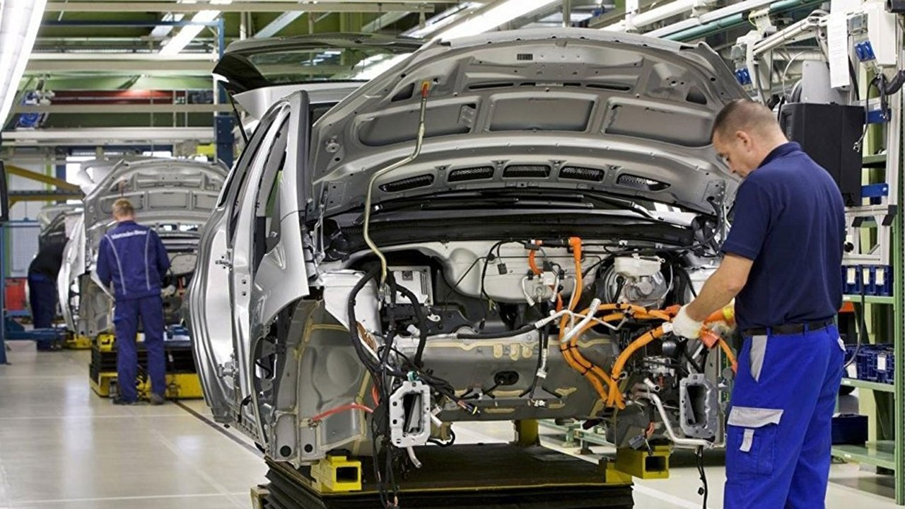 Otomotiv üretimi yüzde 25 düştü