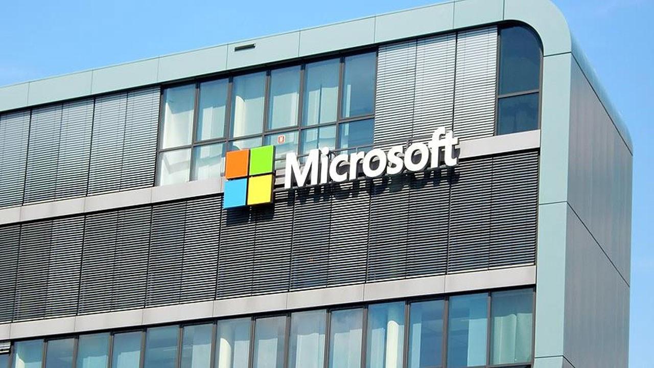 Pentagon, Microsoft'un kazandığı ihaleyi iptal etti
