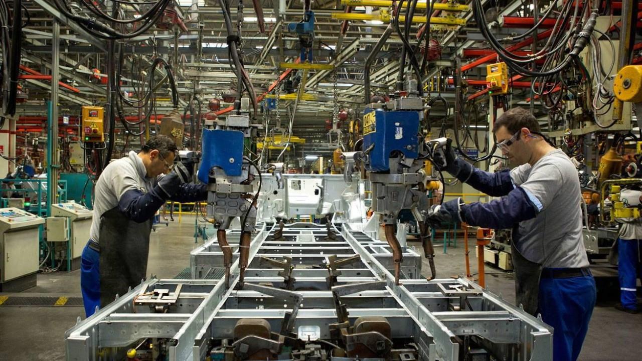 Sanayi üretimi ağustos ayında yüzde 13,8 arttı