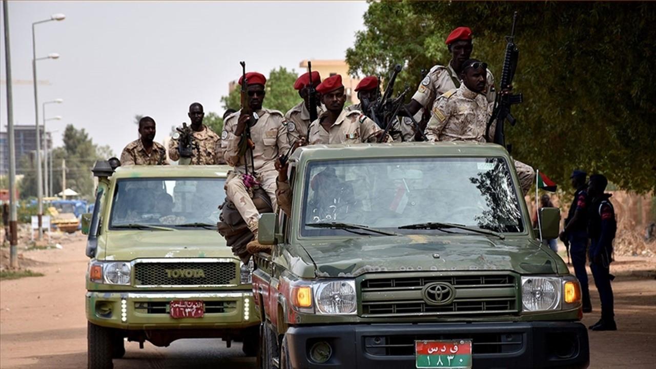 Sudan'da başarısız darbe girişimi: 40 subay gözaltında