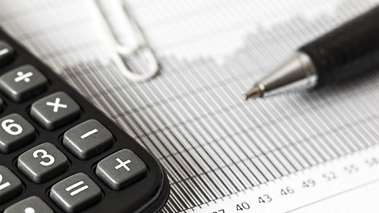 Vergi mükellefi sayısı 831 bin kişi arttı