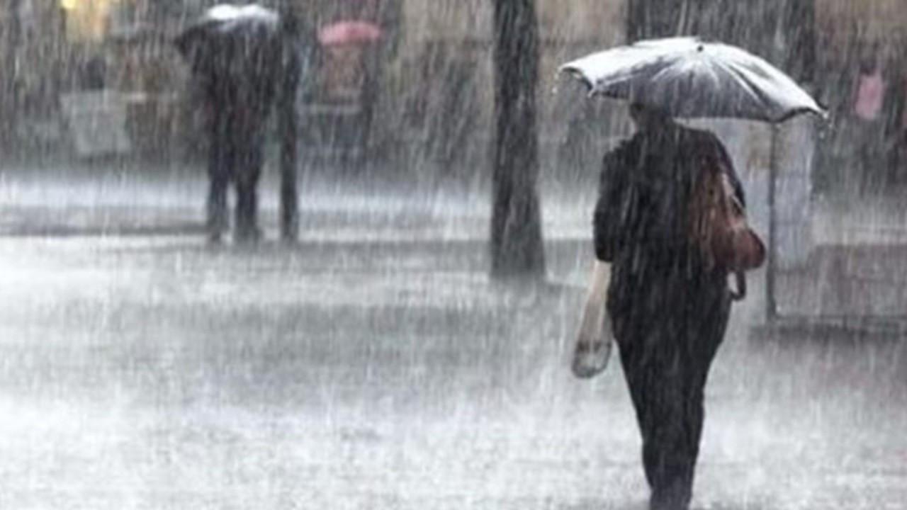 Yağışlı hava geliyor: Sıcaklık 10 dereceye kadar düşecek