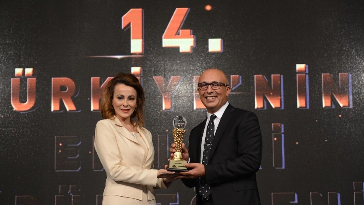 Yılın Başarılı Ekonomisti Ödülü, Tezcan Karakuş'un